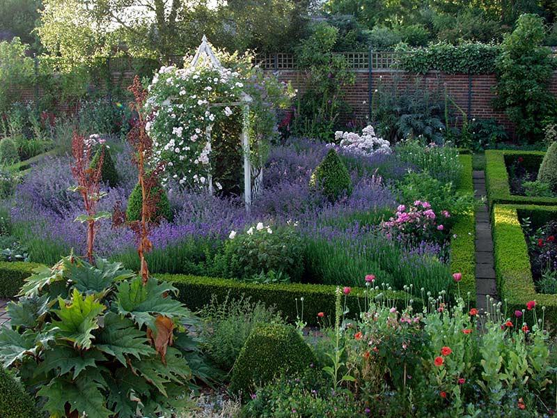 Victorian Style Garden