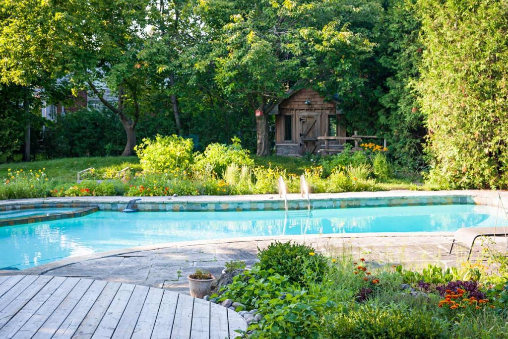 Pool gardens jm garden design for 10x20 pool design