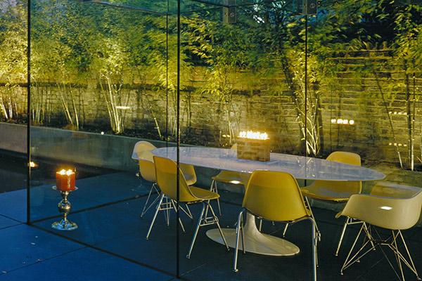 minimalist modern garden