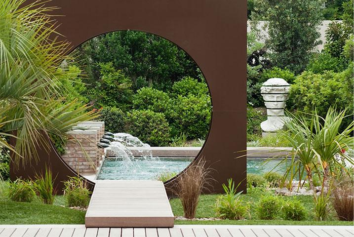 Essex medium garden ideas