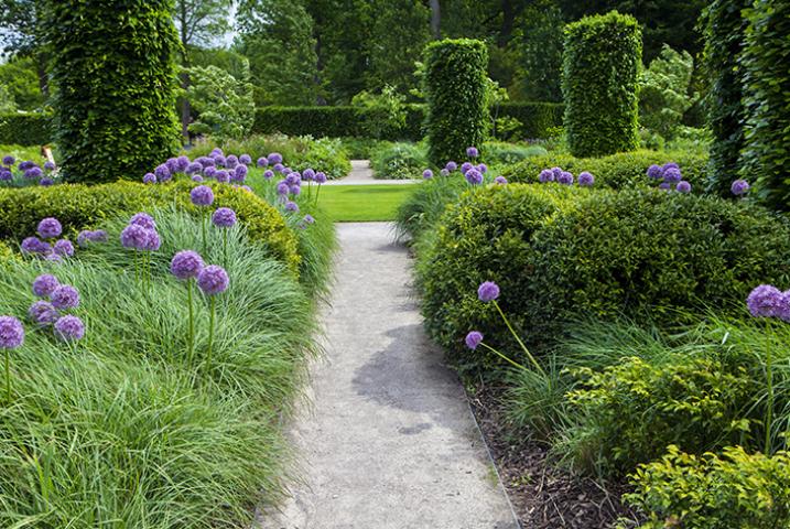 Victorian large gardens