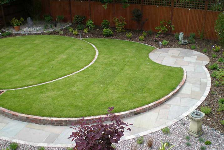 circular lawn garden designs