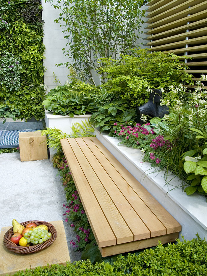 contemporary garden designer