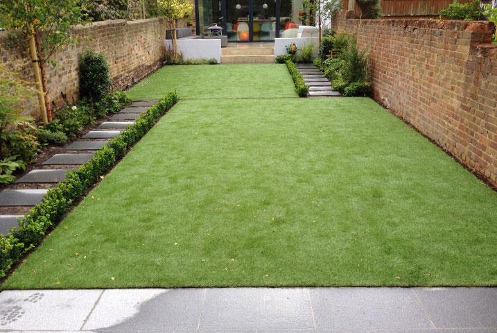 medium play ground gardens