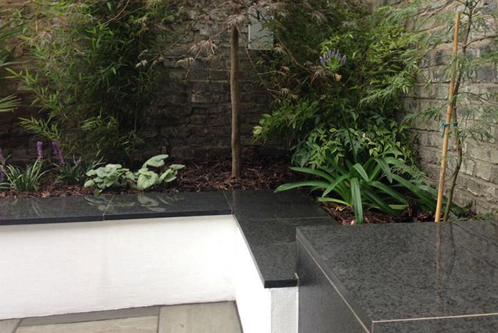 modern small garden design