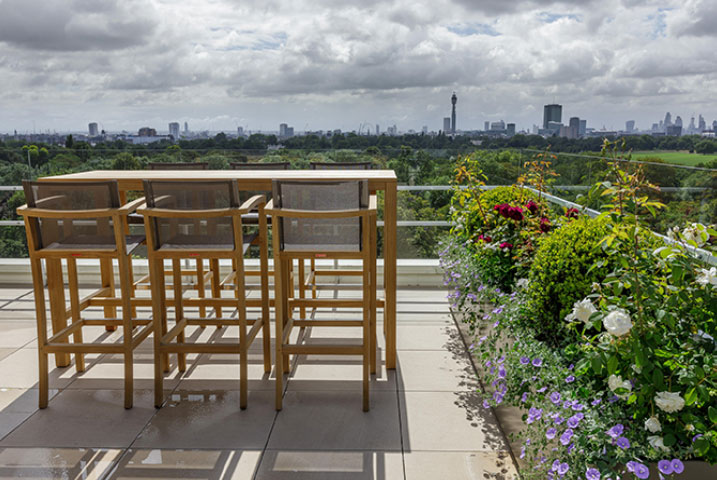 roof gardens London