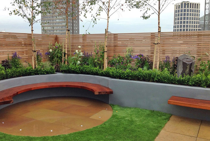 Small roof terrace in West London