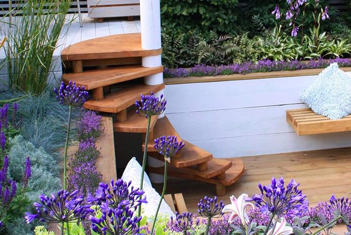 transform small urban garden